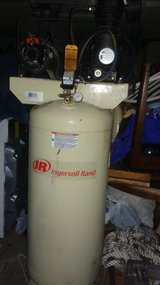 Ingersoll ss5l5 air compressor in Conroe, Texas