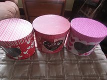 3 boxes of heart shape candle holder with accesories in Chicago, Illinois