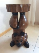 Cat flower stand or small table in Baumholder, GE