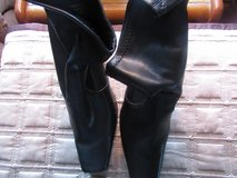 Nine West Ankle Boots Size 8M in Chicago, Illinois