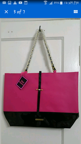 New Juicy Couture Pink Leather and Gold Large Sexy Purse in Fort Lewis, Washington