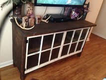 Rustic entertainment center in bookoo, US