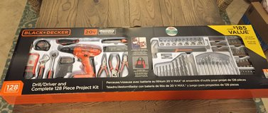 Black and decker drill set 128 pieces in Chicago, Illinois