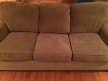 Couch in Good condition in Fairfield, California