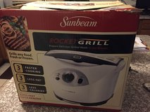 Sunbeam Rocket Indoor Grill in Glendale Heights, Illinois