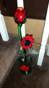 Hand Blown Glass 3 Piece Flower Vase in Fort Campbell, Kentucky