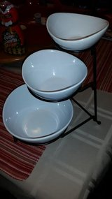 Pier 1 / 4 Piece Buffet Stacking Bowl Set in Fort Campbell, Kentucky