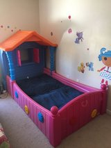 Lalaloopsy Twin Bed--Like New!! in Fort Rucker, Alabama