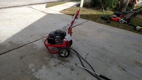 Pressure washer in Eglin AFB, Florida