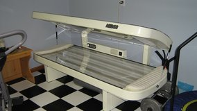 Professional Tanning Bed in Algonquin, Illinois