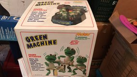 Green machine sound activated frogs band new in box 1989 in Alamogordo, New Mexico