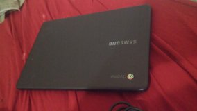 Few months old samsung chromebook in 29 Palms, California