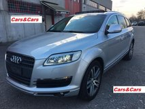 06 AUDI Q7 AUTOMATIC - Cars&Cars Military Sales by Chapel gate on the left in Vicenza, Italy