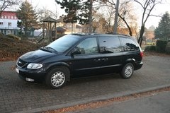 Chrysler Grand Voyager 2,5CRD   black metalic leather in Ramstein, Germany