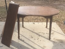 Oval table in Conroe, Texas