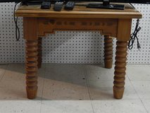 solid wood square end table in Alamogordo, New Mexico