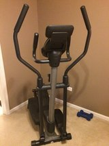 NEW! Golds Gym elliptical in Glendale Heights, Illinois