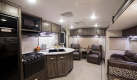 Like New 2016 RV for sale in Kingwood, Texas