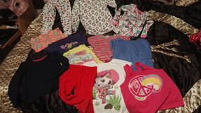 Set of girl clothing in size 4T.(13prices) in Ramstein, Germany
