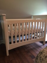 Like new convertible  crib in Fort Campbell, Kentucky