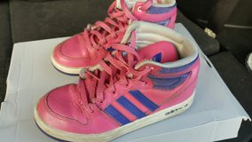 Girls Adidas Sneakers in Hemet, California