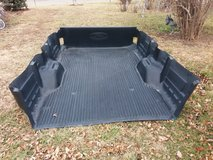 1999 Ford truck bed liner in Fort Riley, Kansas