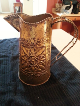 GOLD PITCHER FOR DECORATION in Sandwich, Illinois