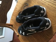 Boys Under Armour Size 7 Baseball Cleats in Fort Lee, Virginia