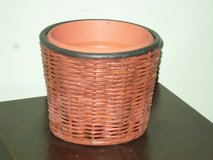 basket planter 6.5h x 7.5w in Chicago, Illinois