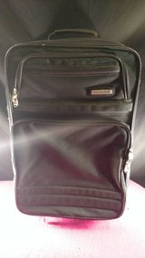 """20"""" Skyline Green Rolling Trolley Case Luggage in Fort Campbell, Kentucky"""