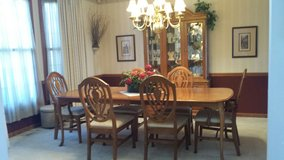 Formal Bassett Dining table, 6 chairs, china cabinet in Bartlett, Illinois