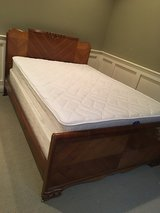 Full sz solid wood bed, w new mattress/ boxsping in Naperville, Illinois