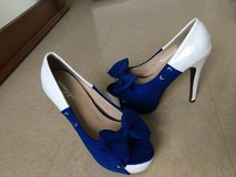 Blue/white shoes sz 6 to 6.5 in Okinawa, Japan