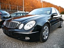 Mercedes E-Class 270 CDI Black AC Automatic Heated Seats Panoramic Sunroof in Ramstein, Germany