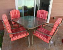 Patio table with 4 chairs in Schofield Barracks, Hawaii