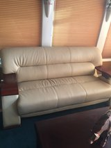 Modern white leather couch set in Glendale Heights, Illinois