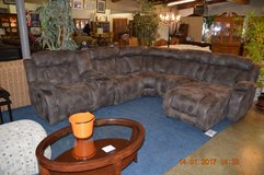 6 pc Sectional in Tacoma, Washington