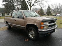 1997 Chevrolet K1500 Extended Cab 4X4 in Glendale Heights, Illinois