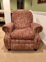 Reclining Chair in Lockport, Illinois