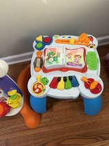 Musical Table in Glendale Heights, Illinois