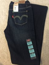 Girls Levi skinny jeans 12 Reg in Plainfield, Illinois