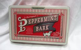 Collectible Williams Sonoma Peppermint Bark Tin Red White Stripe Holly Dog Empty in Kingwood, Texas