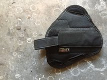 Uncle Mike's Sidekick Holster Size 5 in Camp Pendleton, California
