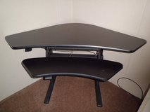Knoll corner computer  Desk (like new ) Reduced in Camp Lejeune, North Carolina