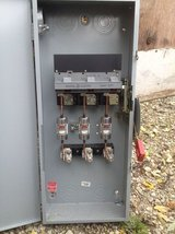 Switch Heavy Duty 3PH 400 Amps with Fuses in Orland Park, Illinois