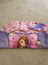 Sofia the first crib/toddler bed sheets in Glendale Heights, Illinois