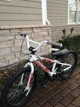 "Specialized Hotrock 20"" Kids Bike in Aurora, Illinois"