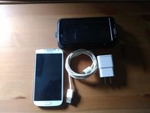 Samsung Galaxy s4 (rooted) in Fairfield, California