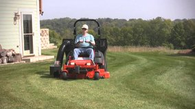 Commercial Zero Turn 2010 Simplicity Mower in bookoo, US