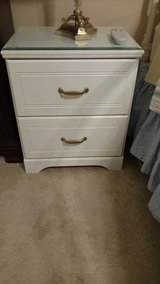 Pair of white nightstands with glass tops in Beaufort, South Carolina